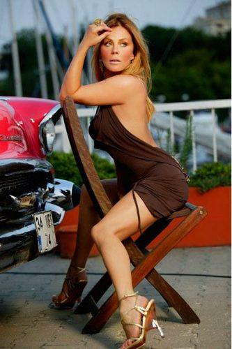 Olgun Rus escort bayan Belinda