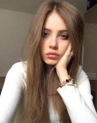 Mükemmel güzellikte Rus escort Nani
